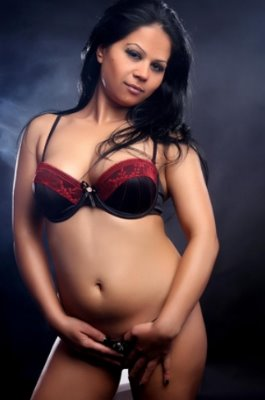Foto: Escort Girl Nancy in Bikini